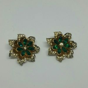 Vintage green and clear rhinestones brooches